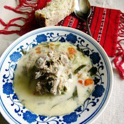 Ciorbă/supă albă de miel