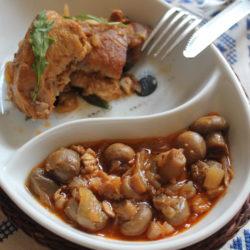 Pui cu ceapă, ciuperci și usturoi