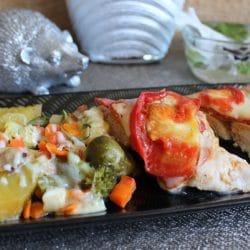 File de pui cu pancetta, chorizo și cașcaval